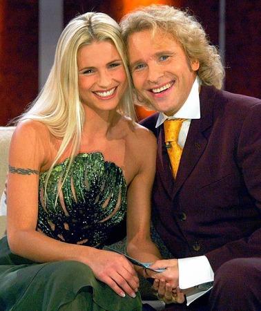 Seit September 2009 moderiert Thomas Gottschalk gemeinsam mit Michelle Hunziker als Co. Moderatorin.