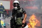 Fotos: Griechen w�ten gegen Sparpaket