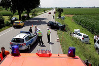Schwerer Unfall mit drei Fahrzeugen