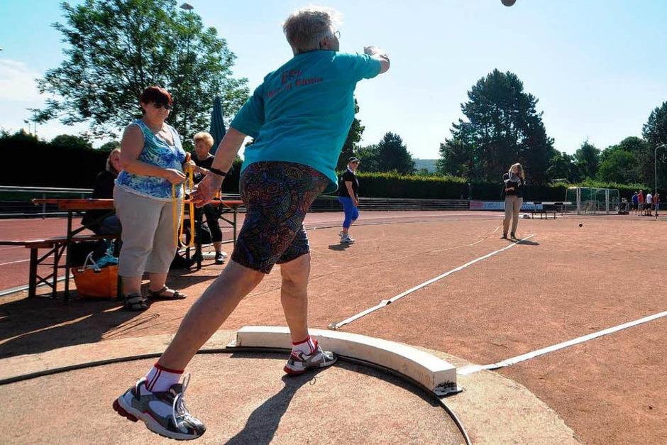 Turnfest live – leichtathletische Wettbewerbe der Senioren im Grüttparkstadion (Foto: Barbara Ruda)