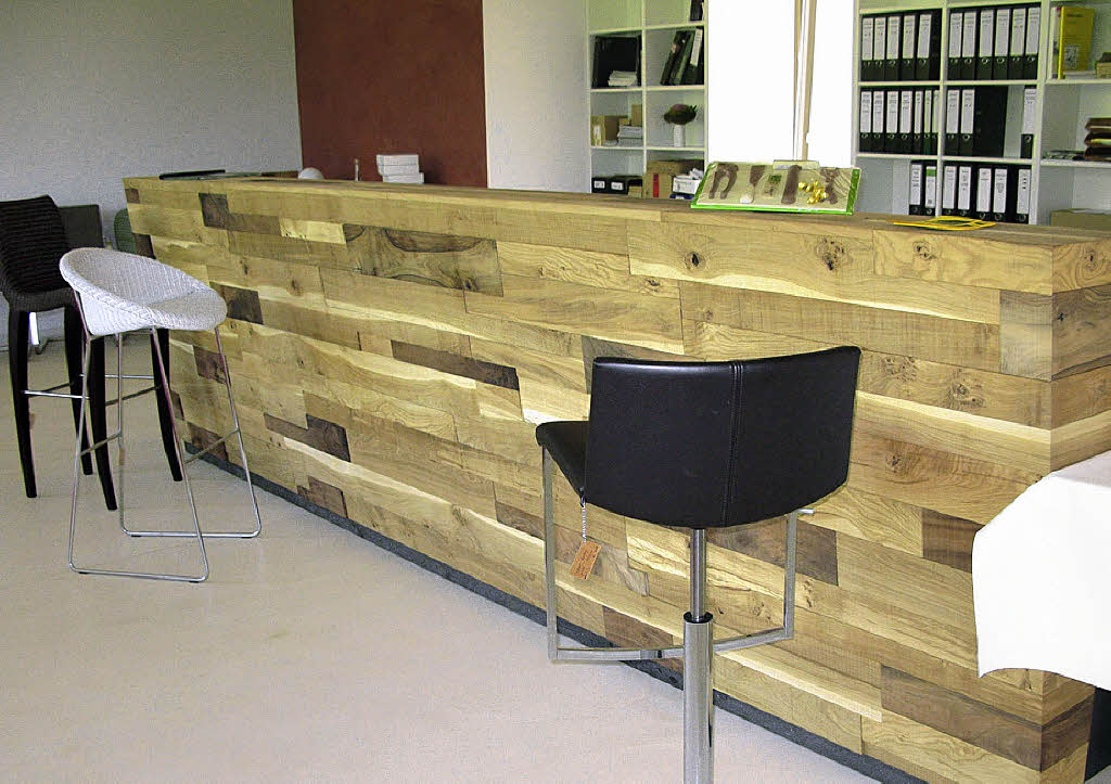 edles ambiente f r edle m bel sulzburg badische zeitung. Black Bedroom Furniture Sets. Home Design Ideas