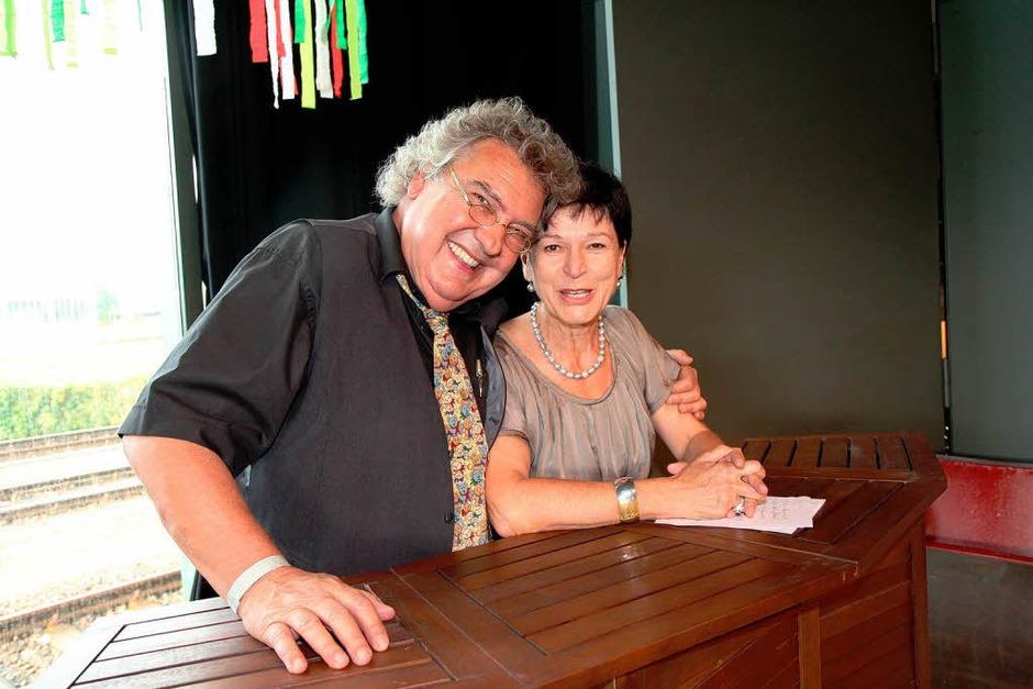 Klaus Spürkel, seit 1981 Leiter der Kumedi in Riegel und seine Frau Elisabeth Fünfgeld, zuständig für die organisatorische Leitung der Kumedi. (Foto: Dagmar Barber)