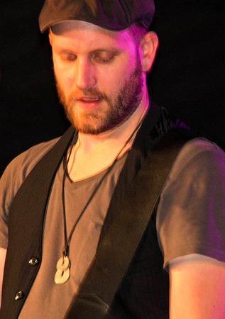 David Roge mit seiner Band Die Drogen machte das Publikum süchtig.
