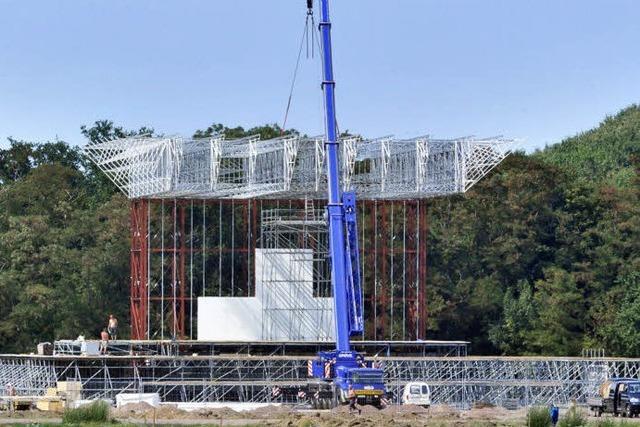 Papstbesuch: Bauarbeiten am Flugplatz stoßen auf Kritik