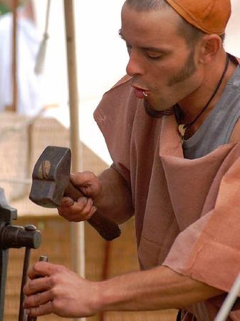 500 Akteure und Tausende von Besuchern verwandelten die alten Ruinen von Augusta Raurica in eine pulsierende römische Stadt.