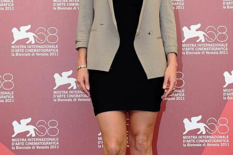 """Ein Wort: wunderschön. Kate Winslet stellt in Venedig """"Carnage"""" von Roman Polanski vor. Das solide inszenierte, äußerst unterhaltsame Kammerspiel mit pointierten Dialogen geht ins Rennen um den Goldenen Löwen. (Foto: dpa)"""