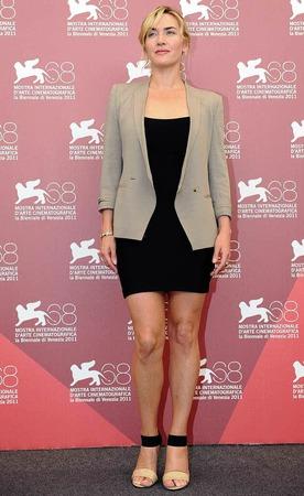 """Ein Wort: wunderschön. Kate Winslet stellt in Venedig """"Carnage"""" von Roman Polanski vor. Das solide inszenierte, äußerst unterhaltsame Kammerspiel mit pointierten Dialogen geht ins Rennen um den Goldenen Löwen."""