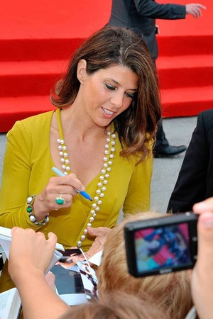 Marisa Tomei schrieb fleißig Autogramme.