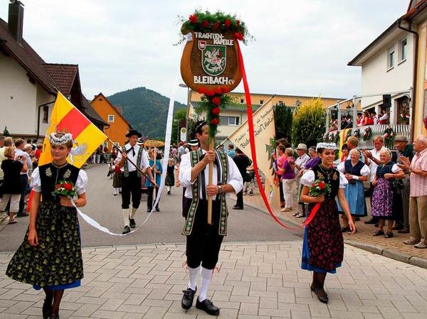 Bunt und stimmungsvoll: Der Festumzug des Kreistrachtenfests in Bleibach