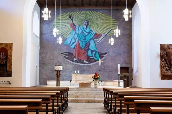 Der Papst wird die Seminarkirche durch die Sakristei betreten.