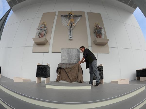 Berlin macht den Auftakt des viert�gigen Deutschlandbesuchs von Benedikt XVI.