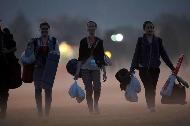 Wie haben Jugendliche die Nacht auf dem Freiburger Flugplatzgelände verbracht?