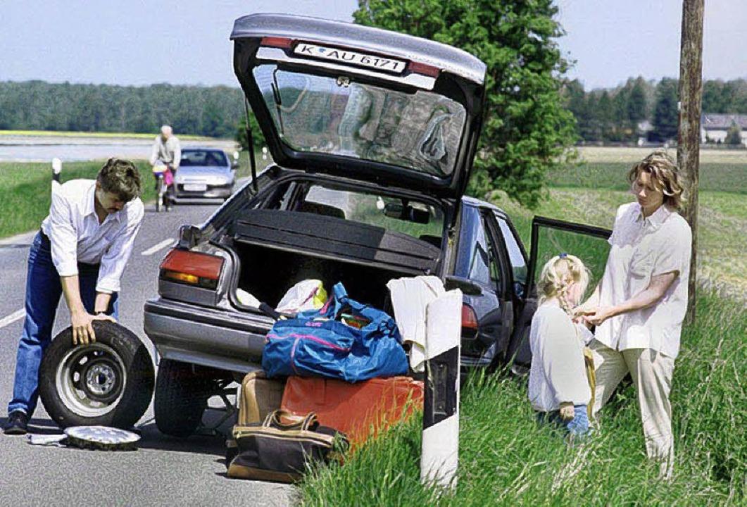 Reifenpanne mit Auto  | Foto: GP