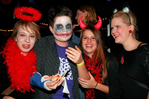 Impressionen von der Halloween-Party der Hotzenblitz-zunft in Grwihl