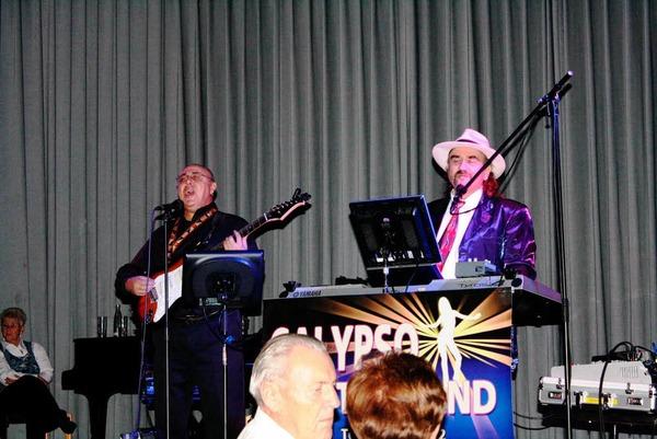 """Die Tanzband """"Calypso"""" spielte im Kleinen Saal auf."""