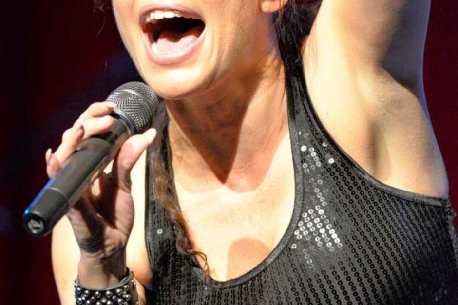 Absolute Powerfrau: Julia Neigel,  eine der besten Rockröhren (Foto: Hans-Peter Müller)