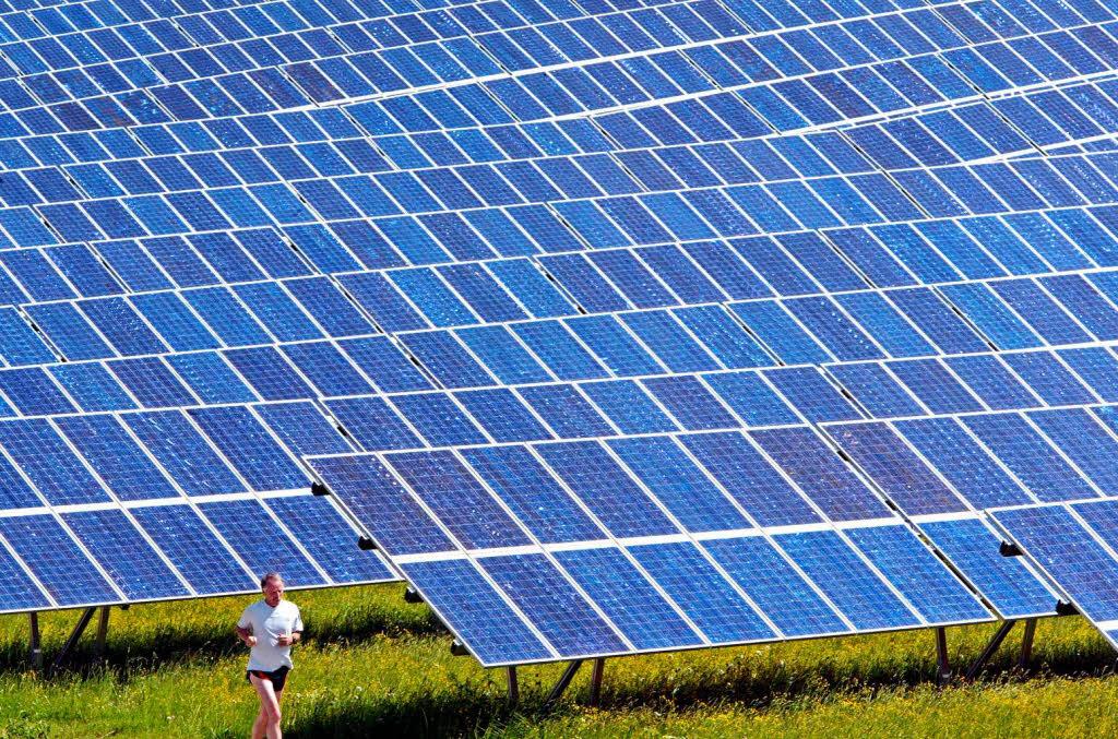 solarkraftwerk wie viel zeit hat die politik um die weichen zu stellen hohberg badische. Black Bedroom Furniture Sets. Home Design Ideas