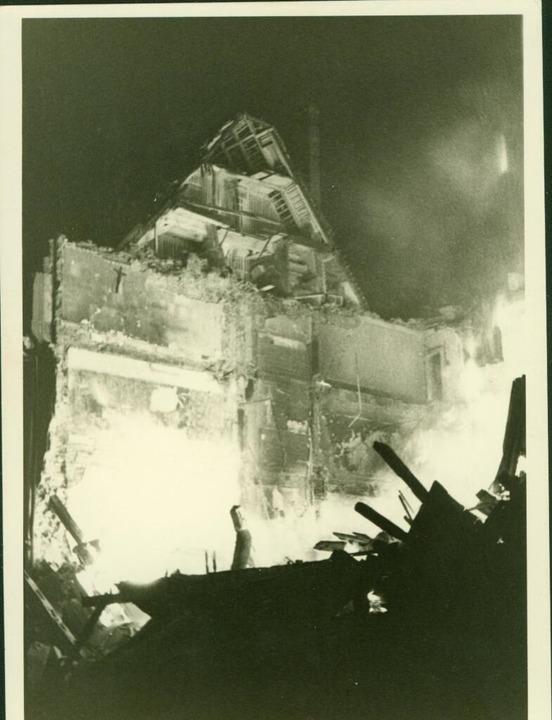 Viele Gebäude an der Kaiser-Joseph-Str... Haus Dorn  Opfer des Bombenangriffs.   | Foto: Stadtarchiv