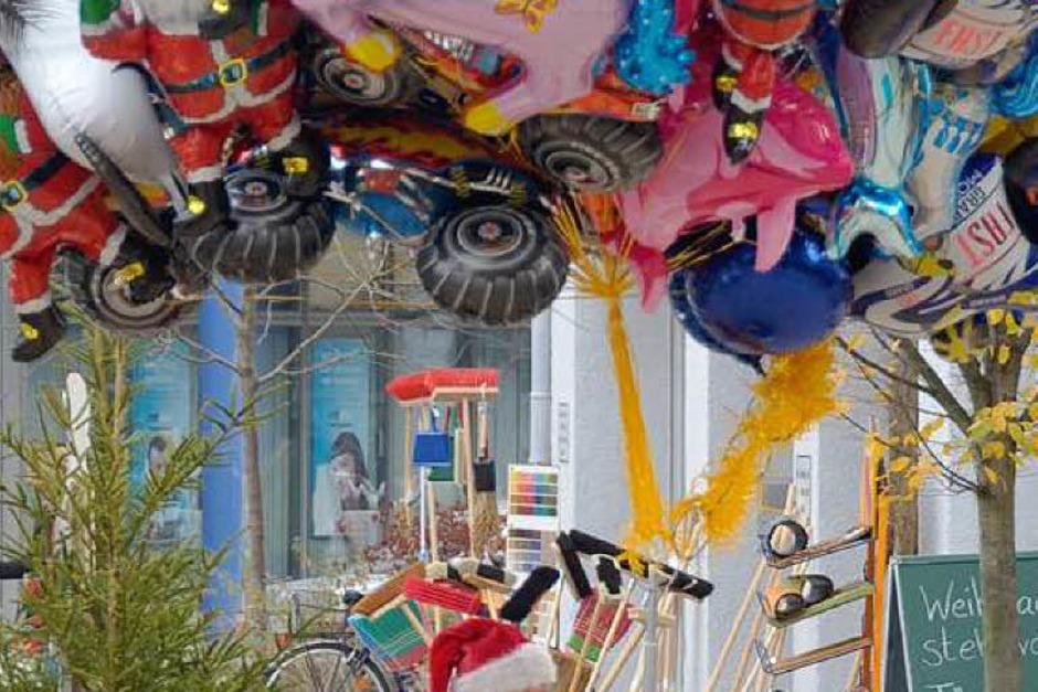 Gute Stimmung herrschte beim Weihnachtsmarkt in dr Innenstadt. Den Besuchern wurde für Augen, Ohren und Gaumen etwas geboten. (Foto: Ingrid Böhm-Jacob)