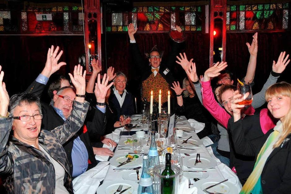 200 Leser der Badischen Zeitung haben sich bei der Sondervorstellung des Teatro Colombino in Freiburg glänzend amüsiert. (Foto: Benedict Glockner)