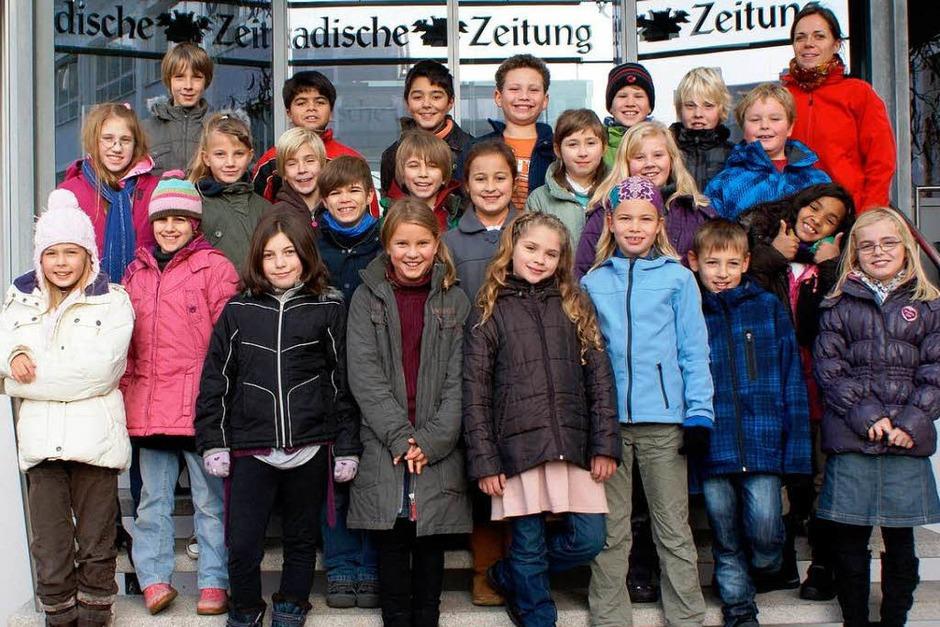 Die Klasse 4a der Freien Evangelischen Schule Lörrach mit ihrer Lehrerin Ruth Meier. (Foto: BZ)