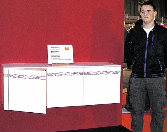 alexander weber hat die gute form getroffen elzach badische zeitung. Black Bedroom Furniture Sets. Home Design Ideas