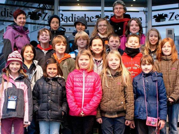 Die Klasse 4a der Nikolaus-Christian-Sander-Schule Teningen-K�ndringen mit ihrer Lehrerin Ute Schumacher