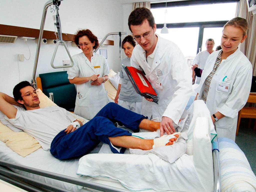 krankenkasse bewertet kliniken und f hrt patienten in die. Black Bedroom Furniture Sets. Home Design Ideas