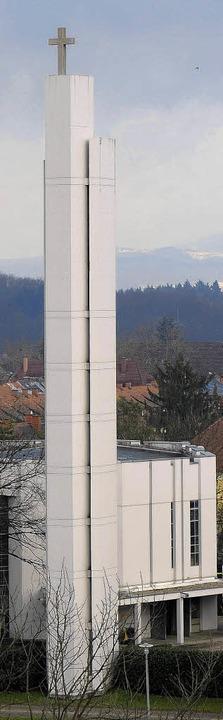 Ein Neubau soll neben der Markuskirche am Seepark entstehen.  | Foto: Ingo Schneider
