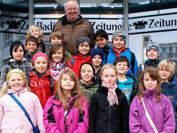 Die Klasse 4 der Grundschule Diersburg aus Hohberg mit ihrem Lehrer Bernhard Göhringer