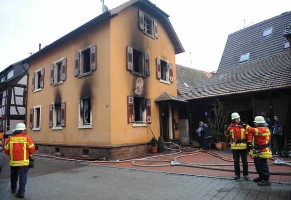Die Feuerwehr im Großeinsatz.
