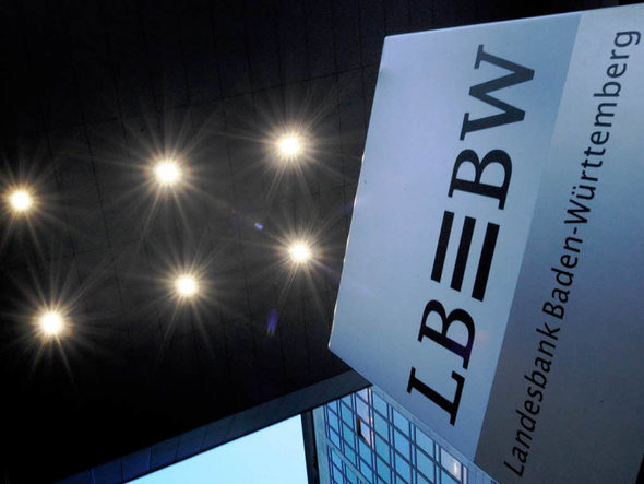 ein dutzend anzeigen gegen bw bank wegen wulff kredit deutschland badische zeitung. Black Bedroom Furniture Sets. Home Design Ideas