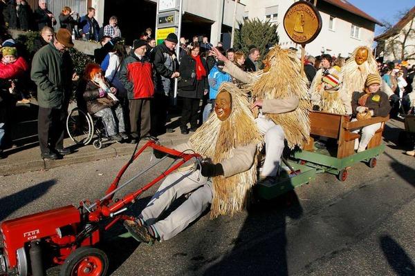 22 Jahre Ankele-Hexen: der Umzug am Sonntag.