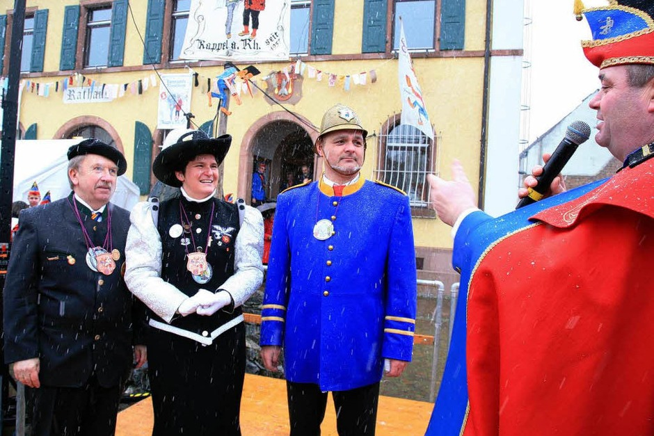 Ex-Landesministerin Tanja Gönner vor dem Narrengericht der Kappler Rhinschnooge. (Foto: Sandra Decoux-Kone)
