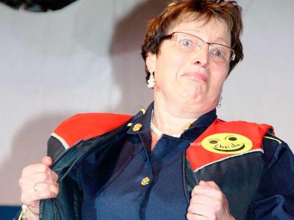 Die Frauengemeinschaft und der Pfarrgemeinderat nahmen die G�ste beim bunten Abend in Oberrimsingen mit auf einen Flug.