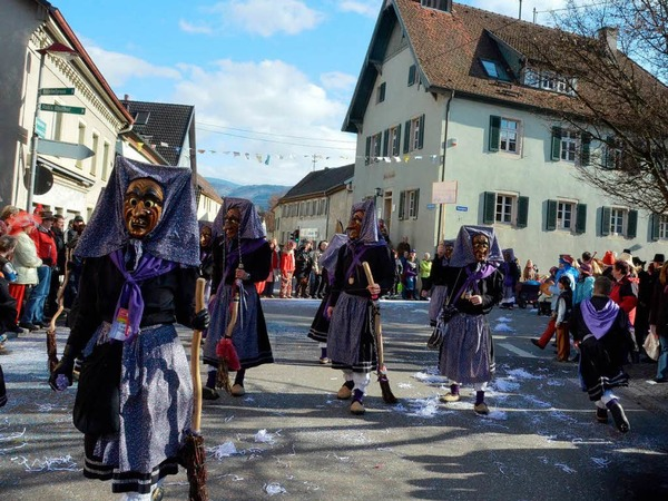 Gute Stimmung herrschte beim Rosenmontagsumzug in Ehrenkirchen.