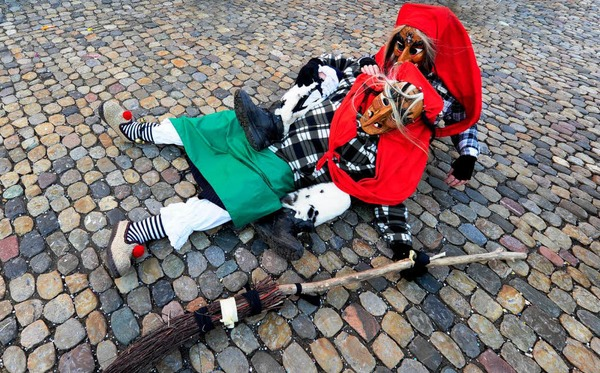 Am Rosenmontag ist Freiburg traditionell in Narrenhand.