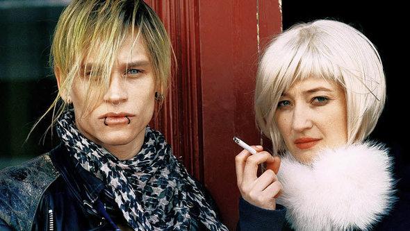 Der punker und die stricherin vinzenz kiefer alba rohrwacher foto