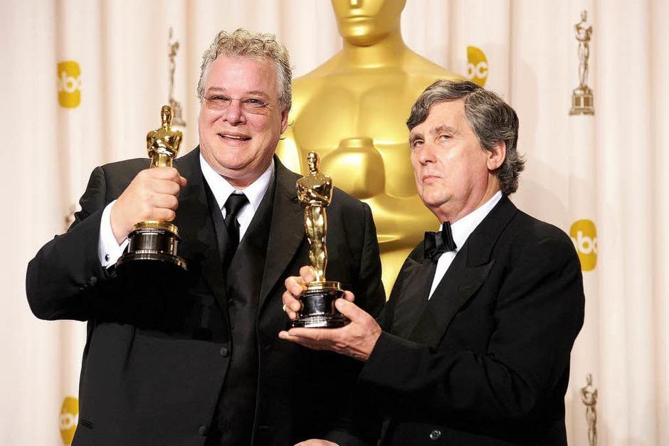 """Tom Fleischman (links) und John Midgley, Gewinner des Oscars für Soundmixing beim Film """"Hugo"""". (Foto: AFP)"""