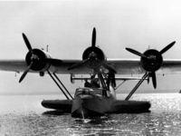 In Polen wird ein Flugzeugwrack von 1945 geborgen – warum?