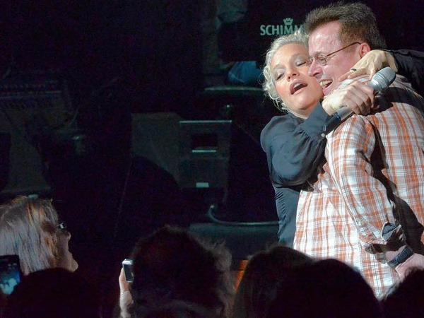 Aber wenigstens ist die Situation für Nahaufnahmen fürs Familienalbum und viele Lacher im Konzerthaus gut.