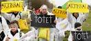 Kundgebung auf einer Anti-Atomkraft Demonstration vor dem AKW Brokdorf.