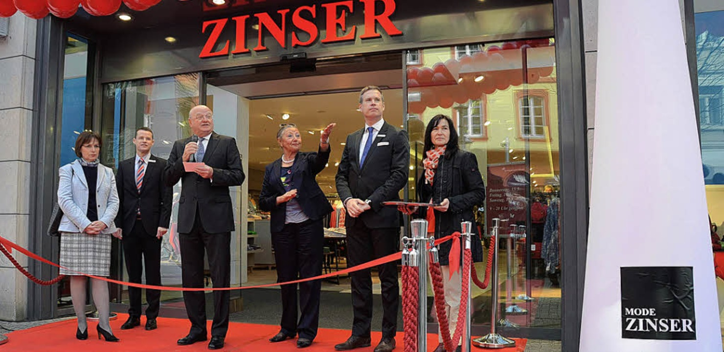 Neueröffnung Mode-Zinser: OB Edith Sch...ian Klemp, Zinser PR-Dame Martina Dohl    Foto: Ralf Burgmaier