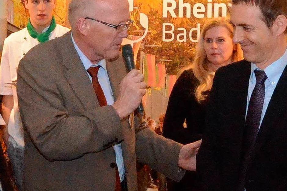 Allerhand gibt es am Stand von Rheinfelden und Grenzach-Wyhlen. Stadt und Gemeinde zeigen Profil. <?ZL?> (Foto: Ingrid Böhm-Jacob)
