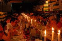 Zufriedene Gäste bei der Rotweinnacht in Oberrotweil
