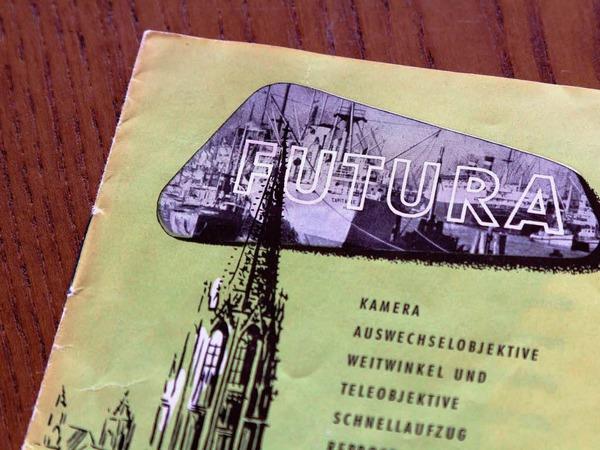 Auch hier ist das detailreiche Design zu erkennen: der Freiburger M�nsterturm ragt in ein Bild vom Hafen, ein Hinweis auf die neuen Besitzer aus Hamburg.