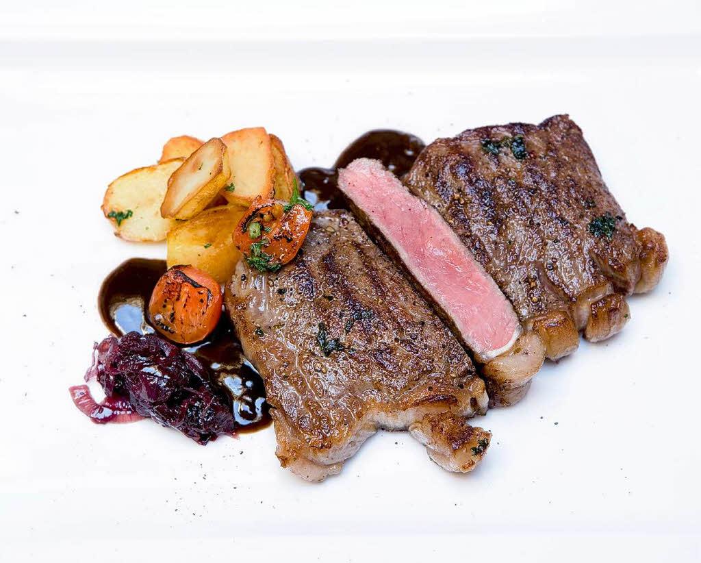 R ssle in elzach rumpsteak mit rotweinzwiebelmarmelade dinner for one badische zeitung - Lade bz ...