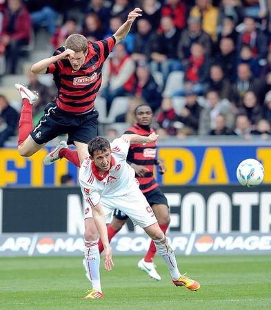 Der SC Freiburg kämpfte - und holte sich gegen den 1. FC Nürnberg einen Punkt.