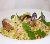 Reis mit Muscheln und Fisch: Orient auf der Zunge