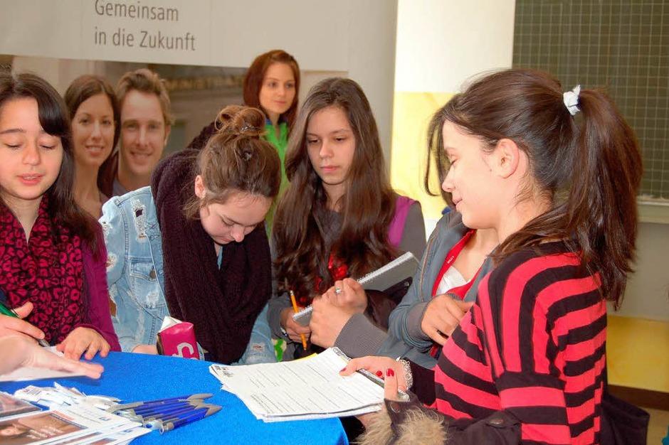 Einblicke in Theorie und Praxis erhielten die Schüler an der Bebit. (Foto: Vollmar)